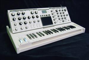 Moog Music Lunar Impact