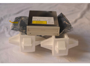 Sony SMO F551