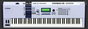 Yamaha MOTIF ES8
