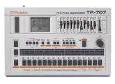 Vends Roland TR 707 révisée