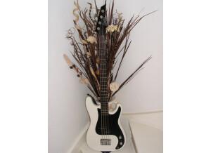 Liberty Guitars Precision Bass