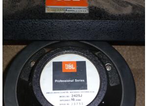 JBL 2425j