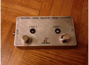 Loop Master 2-Loop Effect Switcher