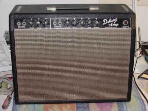 """Fender Deluxe """"Blackface"""" [1963-1966]"""