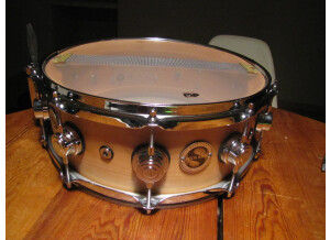 DW Drums Super Solid All Maple Snare