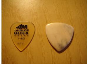 Rocky Mountain Slides Bone guitar pick