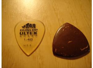 Rocky Mountain Slides Coconut husk guitar pick