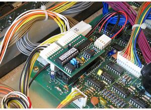 CHD Elektroservis P61-KBD : Korg Poly-61 MIDI Interface