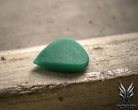 Hufschmid Guitars 'regenerated green UHMWPE' Drop Plectrum