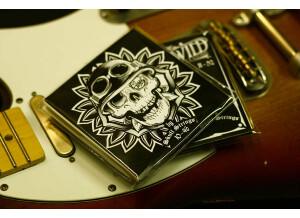 Wild Customs Skull Strings