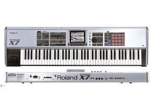 Roland Fantom X7