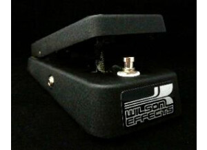 Wilson Effects Signature Wah