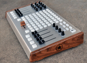 Livid Instruments Ohm 64 Texas Mesquite