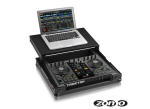 Zomo Flight case Traktor S2