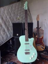 Danelectro 56 Single Cutaway Bass