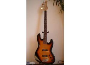 Hohner JJ Bass