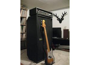 White Amplification Bass 160 Chorus