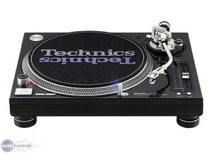 Technics SL-1210 M5GE
