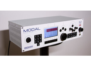 Modal Electronics 002R - 8 Voice