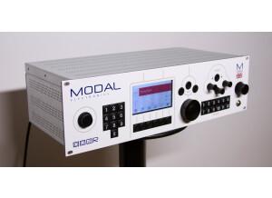 Modal Electronics 002R - 12 Voice