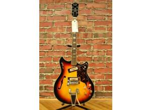 Kent Guitars 820