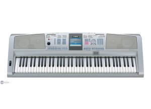 Yamaha DGX-305