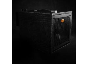 Guitar Sound Systems 06B400