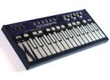 Future Retro planche sur un clavier tactile