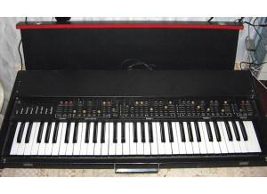 Electronica EM-11