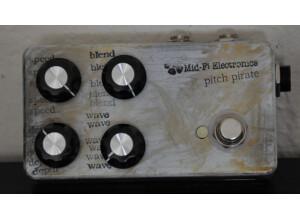 Mid-Fi Electronics pitch pirate