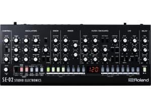 Roland SE-02
