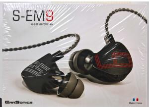Earsonics S-EM9