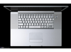"Apple POWERBOOK G.4 17"" 1.5 Gh"