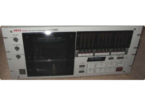 Akai Professional MG14D