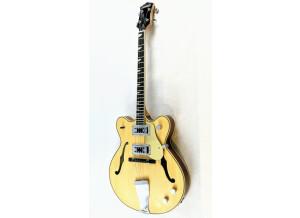 Eastwood Guitars Classic Tenor