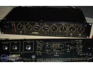 Yamaha E1010
