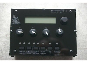 Mutable Instruments Shruthi-1 SMR4