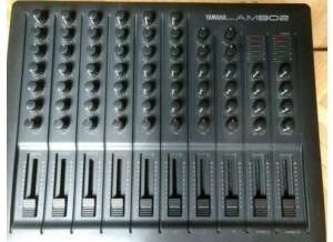 Yamaha AM802