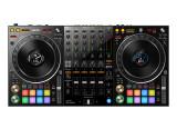 Un contrôleur Pioneer DDJ-1000SRT compatible avec Serato DJ