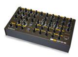 Avec le MPG-8, Retroaktiv revisite le Roland PG-800