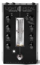 Gamechanger Audio Light Pedal - optical spring reverb