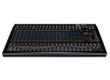 RCF ajoute une console de mixage à sa série F