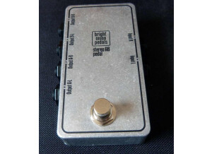 Bright Onion Pedals Stereo AB Output Switch