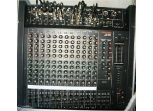 Tascam M-1016