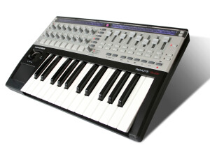 Novation Remote 25 SL