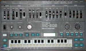 Roland MC-202