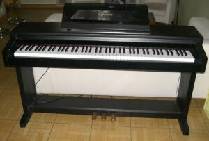 Yamaha Clavinova CLP-650