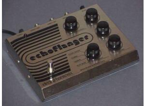 Electro-Harmonix EchoFlanger