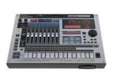 Achète Roland MC-808