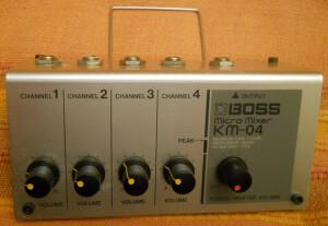 Boss KM-04 Micro Mixer